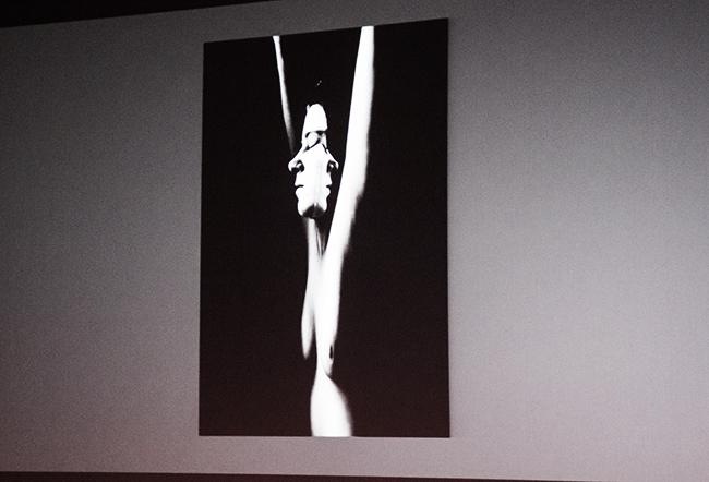 Connie Imbodens bilder er representert i de største amerikanske museene, slik som Museum of Modern Art i New York.