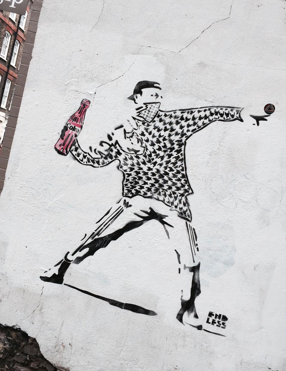 9_Plnty_London_Satire_pa_sprayboks_foto_Annicken_Dedekam_Rage