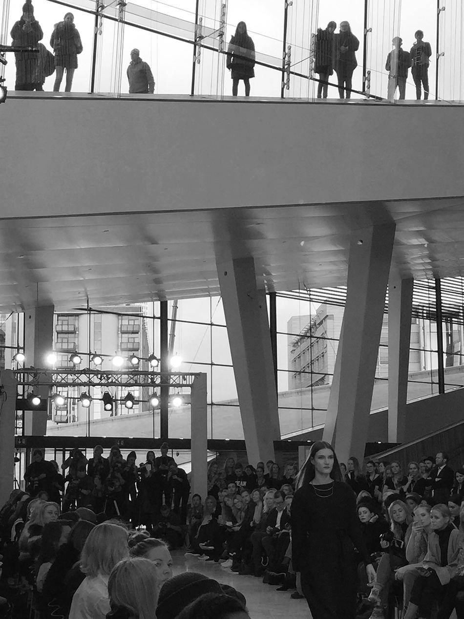Plnty__7_snohetta_Oslo_Runway_s-hv_foto_Annicken_Dedekam_Rage